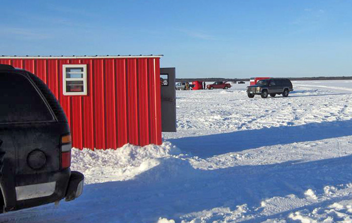 Ice fishing on lake winnie for jumbo perch walleye and for Lake o the pines fishing report